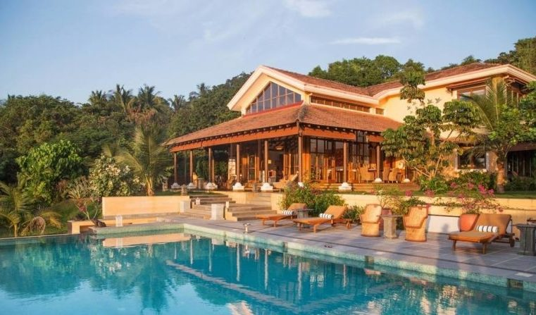 Plan your stay at a luxury villa on your next trip to Goa