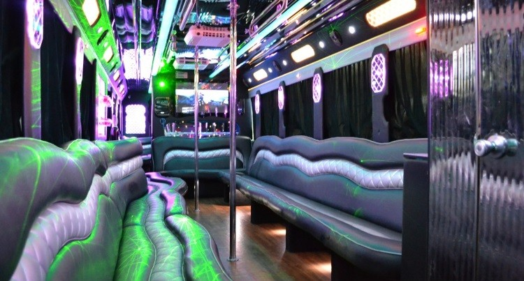 How A Party Bus Can Be the Best Choice for the Different Parties